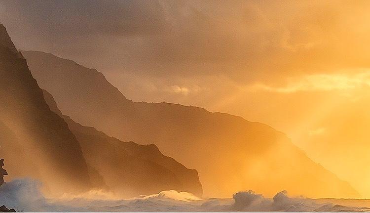 Winter Storms on Ke'e Beach - Kauai, HI